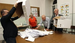 Bezártak a szavazókörök, megkezdődött a voksok összeszámlálása